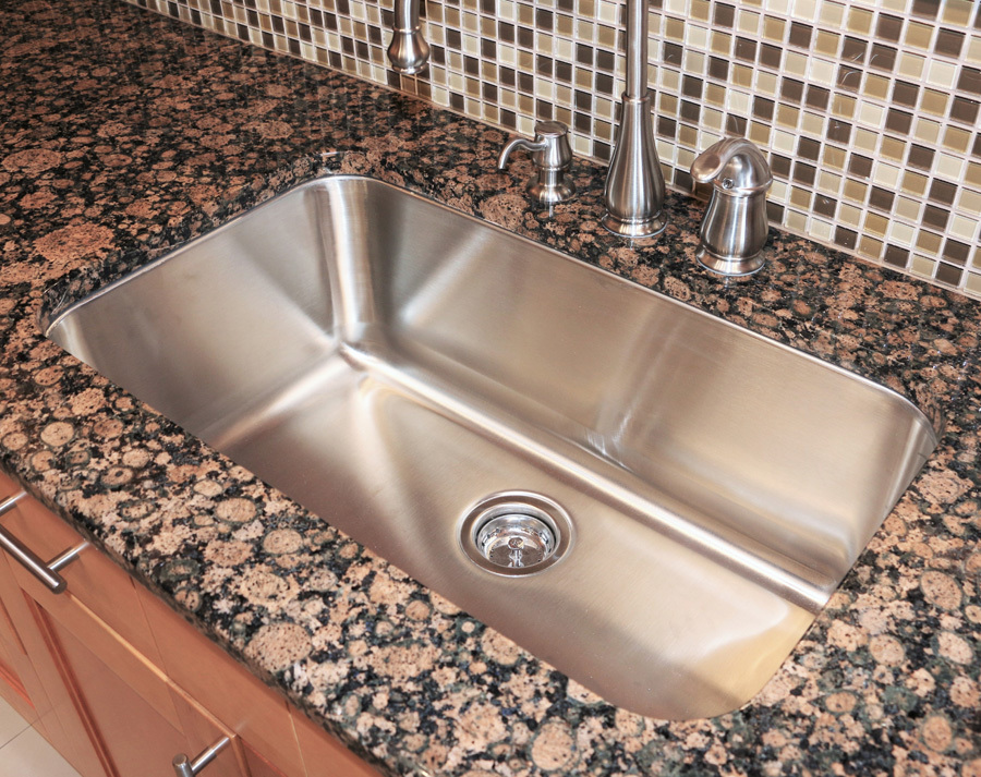 Kitchen & Bathroom Sinks in Richmond | Single or Double Metal Sinks ...